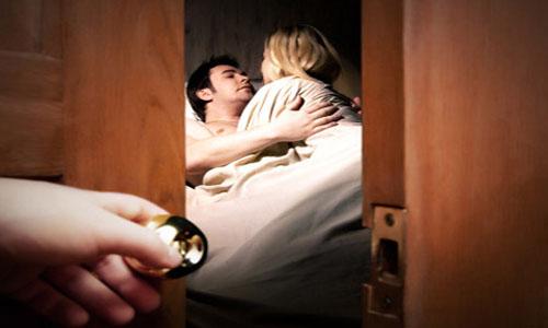 Dịch vụ điều tra vợ/chồng ngoại tình